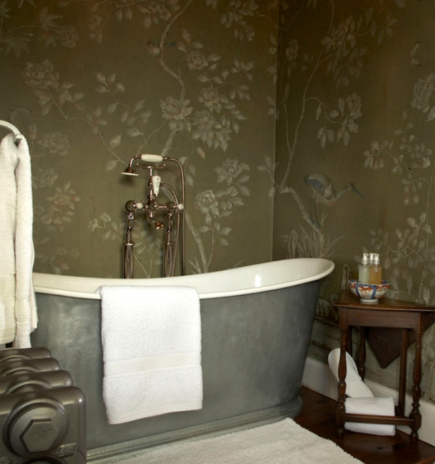De Gournay hand-painted silk wallpaper