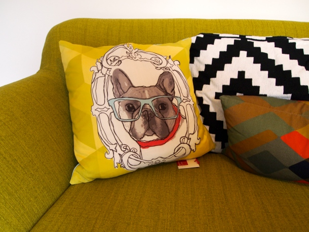 New sofa, new cushion, new life!